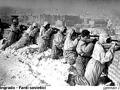 034-stalingrado-fanti-sovietici